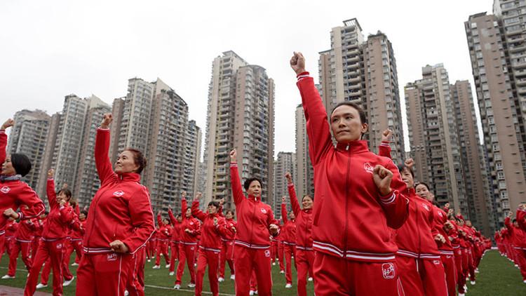 50.000 personas danzan simultáneamente en China para romper un récord Guinness (VIDEO)