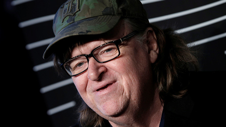 El documentalista estadunidense Michael Moore
