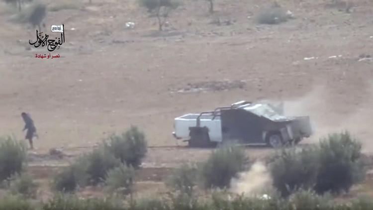 Suicidio frustrado: curioso video de un atentado con coche-bomba que no llega a su fin