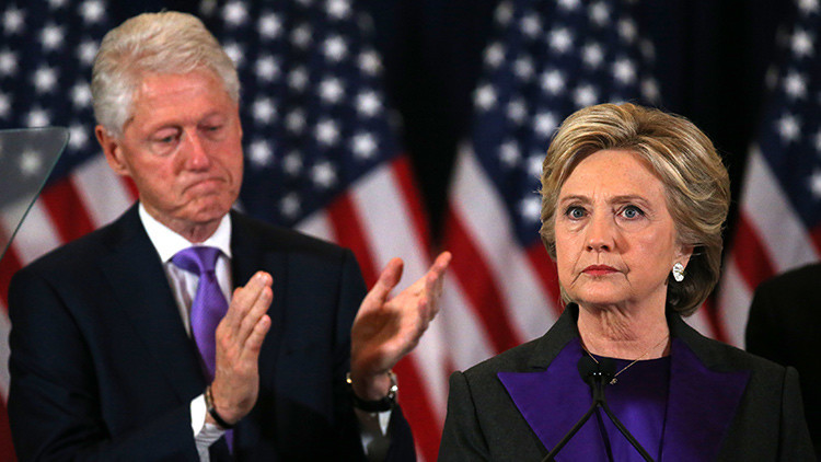 """Demócratas sobre la derrota de Clinton: """"Es bueno liberarnos de su control"""""""