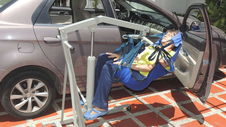 La innovadora grúa para personas con discapacidad diseñada por manos venezolanas