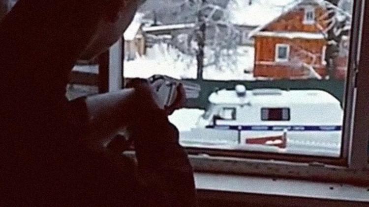 Dos adolescentes se suicidan tras abrir fuego contra la Policía y transmitirlo en vivo (VIDEO)