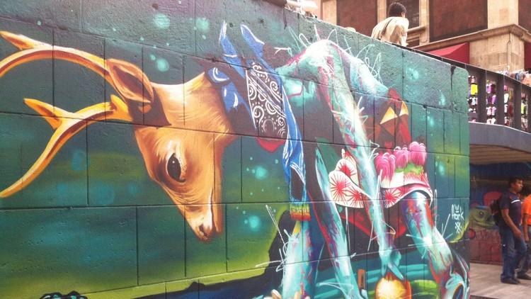 Mural de la Danza del venado de la Tribu Yaqui en la Ciudad de México