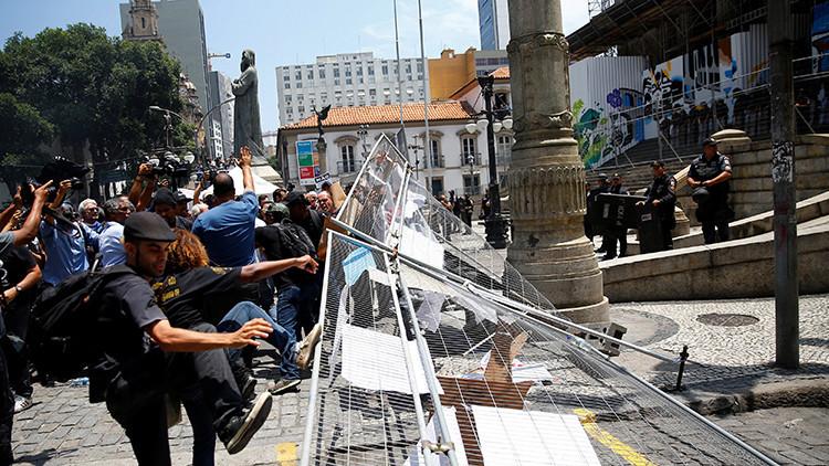 Se registran disturbios en Río de Janeiro por la posible aprobación de recortes