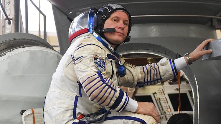 """Cosmonauta ruso a RT a punto de partir: """"Antes de despegar escuchamos música, según la tradición"""""""