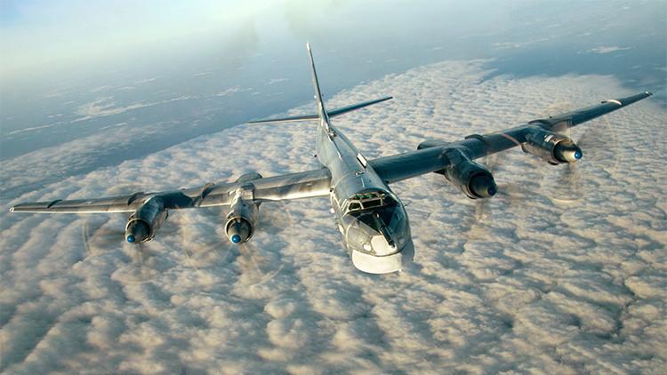 Bombarderos estratégicos rusos lanzan un ataque con misiles en Siria