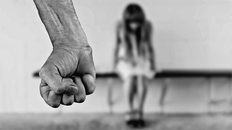 VIDEO: Golpea a su novia y termina en prisión después de que la agresión se viralice