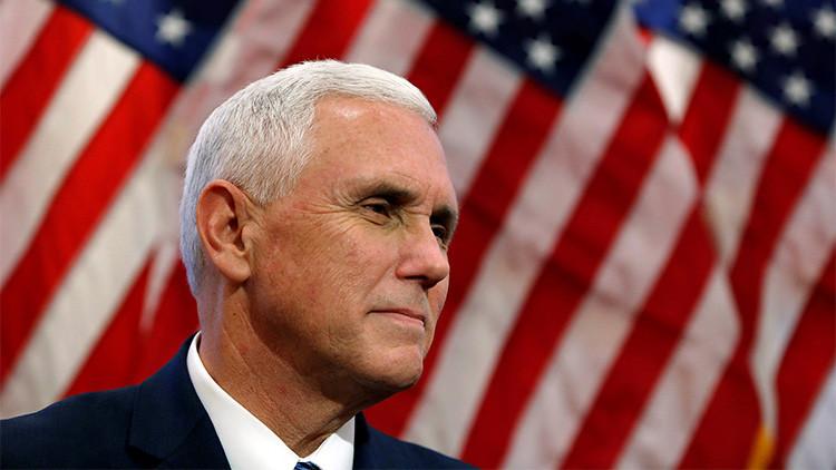 """Trump exige a los actores de un musical que se disculpen por """"hostigar"""" a su vicepresidente (VIDEO)"""