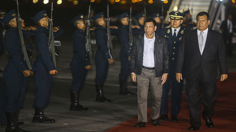 """Duterte a Putin: """"Los países occidentales desatan guerras pero tienen miedo de participar en ellas"""""""