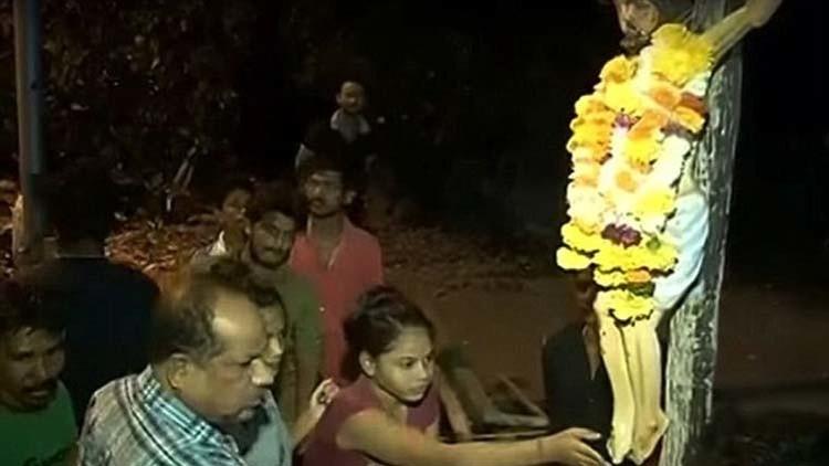 ¿Agua bendita?: Una estatua de Jesucristo en la India derrama un extraño líquido (VIDEO)