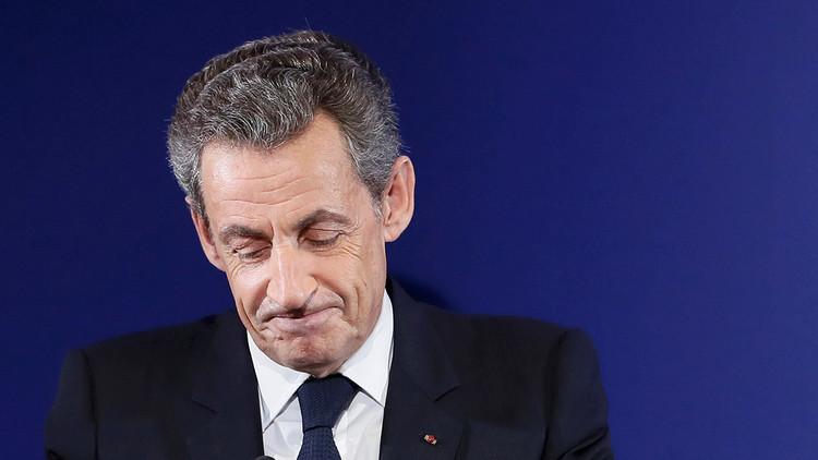 """""""Más pasiones privadas y menos pasiones públicas"""": Sarkozy anuncia su retirada de la política"""