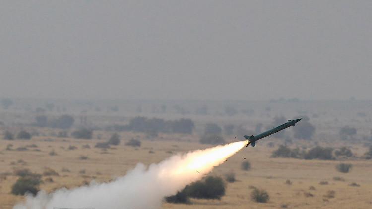 India prueba dos tipos de misiles balísticos en menos de 24 horas