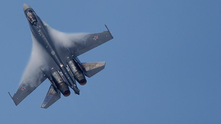 Alerta de dos F-18 españoles por un caza ruso Su-35