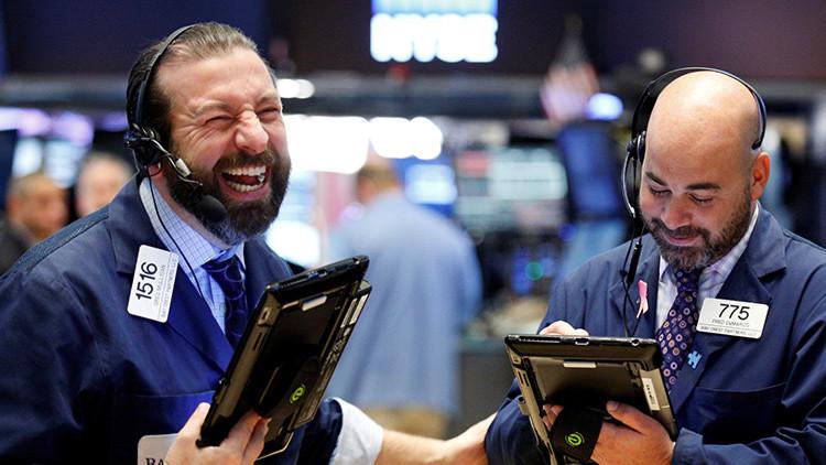 El índice Dow Jones alcanza los 19.000 puntos por primera vez en la historia