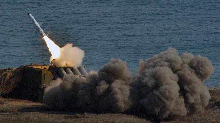Rusia protege su frontera oriental instalando sistemas de misiles Bal y Bastión