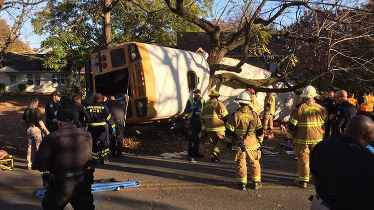"""""""¿Listos para morir?"""" La pregunta de un chófer a unos escolares antes de un mortal accidente"""