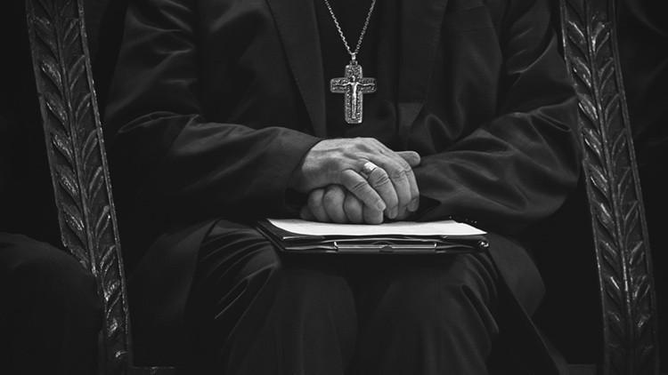 México: Maniatan a un sacerdote acusado de abusos sexuales a una menor