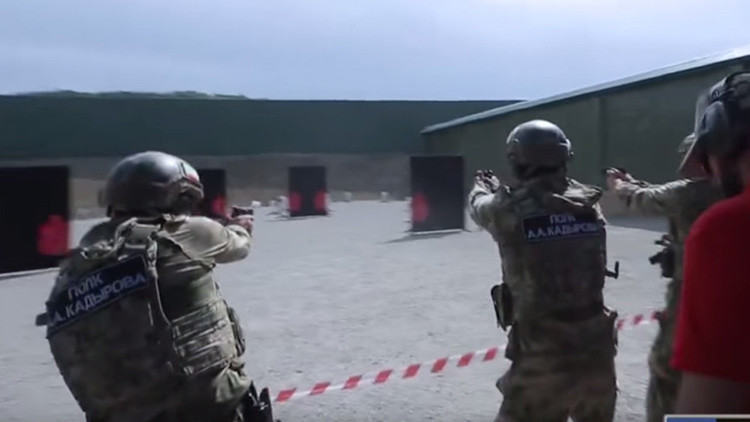 Instructores privados de EE.UU. buscan trabajo en el centro antiterrorista de Chechenia