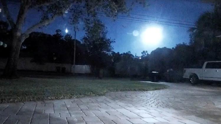 """VIDEOS: Una 'bola de fuego' """"más brillante que el Sol"""" ilumina el cielo de Florida"""