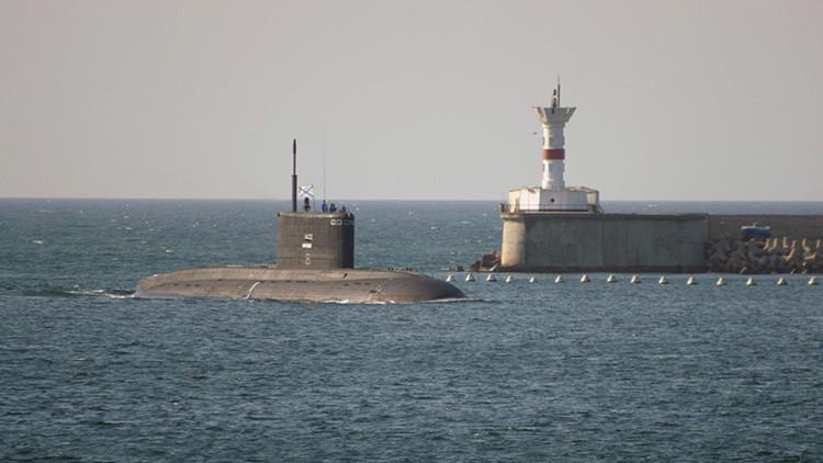 VIDEO: La Armada de Rusia recibe el nuevo submarino Kólpino de tercera generación