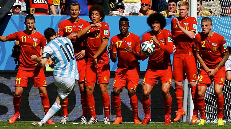 El desconocido jugador que no dejaba cobrar tiros libres a Messi
