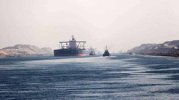 Egipto ampliará la zona industrial rusa en el canal de Suez