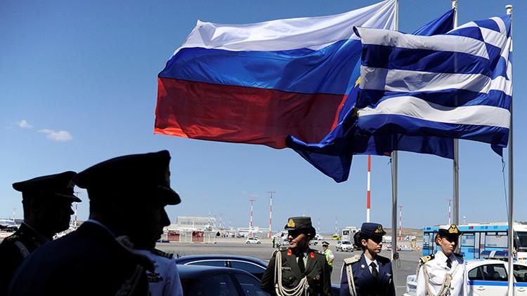 """""""Grecia no participará en la guerra fría contra Rusia"""""""