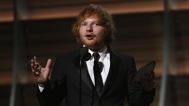 Una princesa británica hiere con una espada al cantante Ed Sheeran