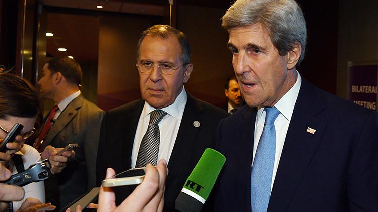 """Kerry está haciendo unos """"esfuerzos increíbles"""" para 'salvar' a la oposición siria de Trump"""