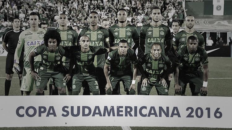 Todo sobre la tragedia del avión de un equipo de fútbol brasileño en Colombia