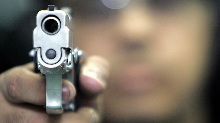 Perú: Asesinan a un locutor de radio durante una emisión en directo