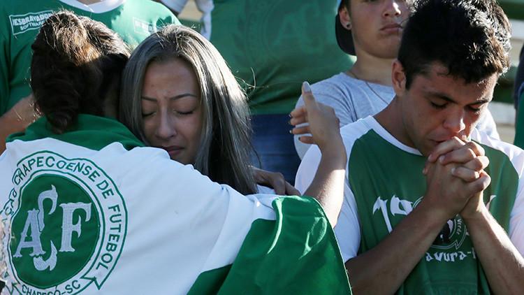 """""""Un equipo de fútbol va a morir en un avión"""": Un vidente brasileño predijo la tragedia (VIDEO)"""