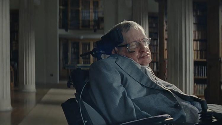 """""""Millones de vidas en peligro"""": La nueva advertencia de Hawking esta vez no viene del espacio"""