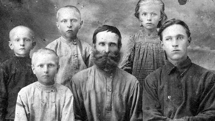 Un hombre ruso hace justicia por la ejecución de su bisabuelo casi 80 años después