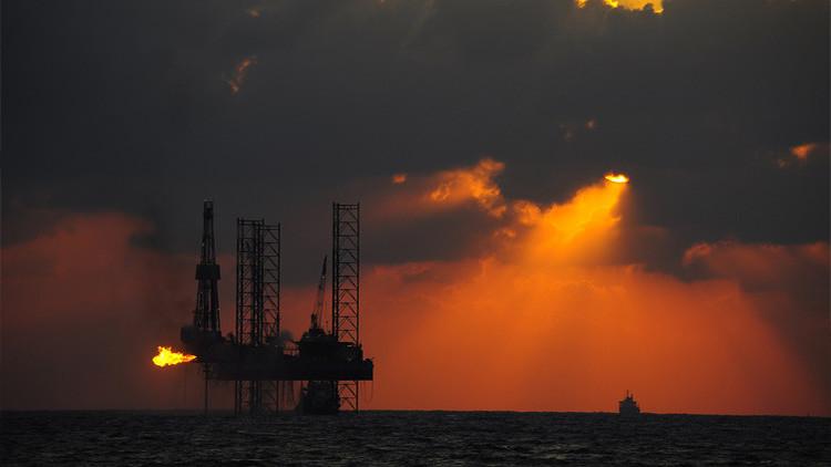 El precio de petróleo aumenta un 9 % tras el acuerdo de la OPEP