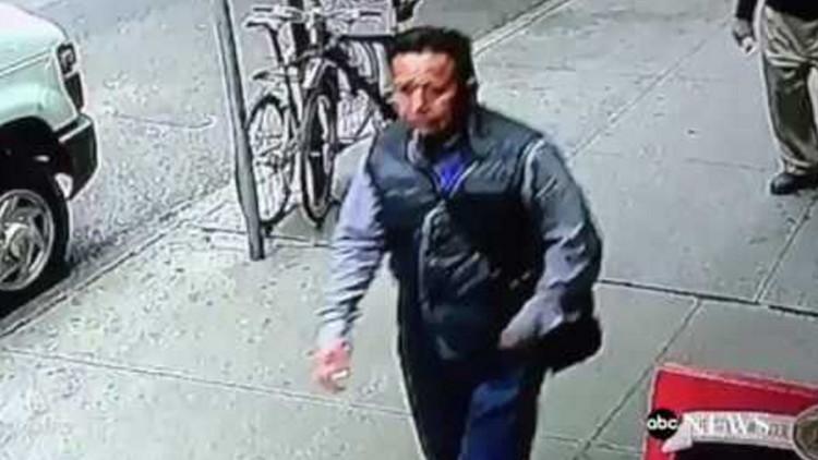 Video: Roba en Nueva York un cubo con oro valorado en 1,6 millones de dólares