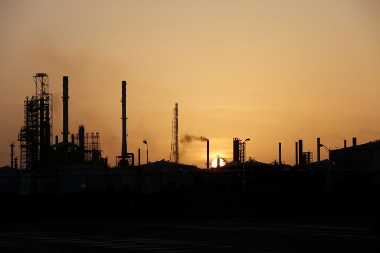 Vista general de la refinería de Cardón, perteneciente a la petrolera estatal venezolana PDVSA en Punto Fijo. Venezuela