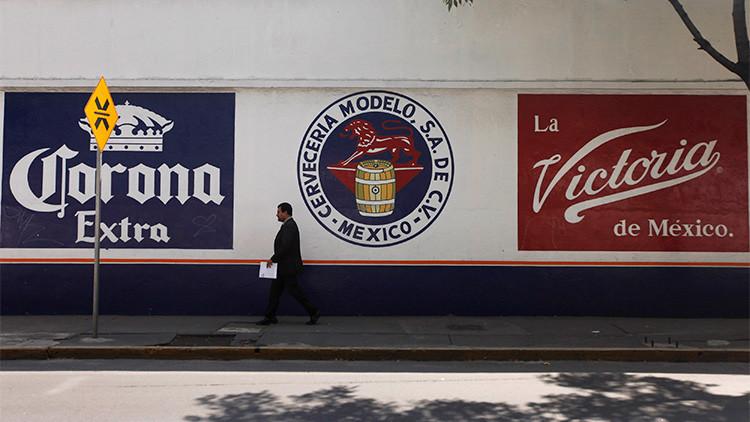 Foto: Cartel publicitario del Grupo Modelo en Ciudad de México Edgard Garrido/Reuters/Cortesía