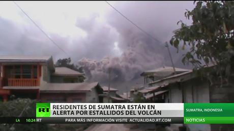 Alerta en la isla de Sumatra tras una erupción volcánica