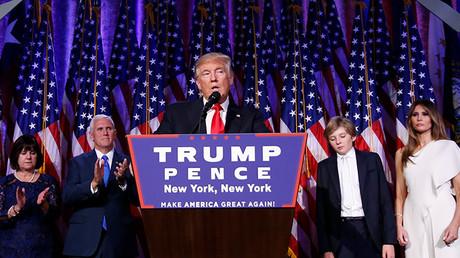 Donald Trump, durante la noche electoral en Nueva York, EE.UU., 9 de noviembre de 2016