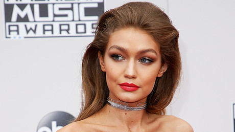 Gigi Hadid en los American Music Awards 2016, Los Angeles.