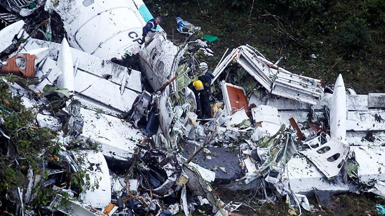 El avión estrellado del Chapecoense se quedó sin combustible: ¿Cómo es posible?