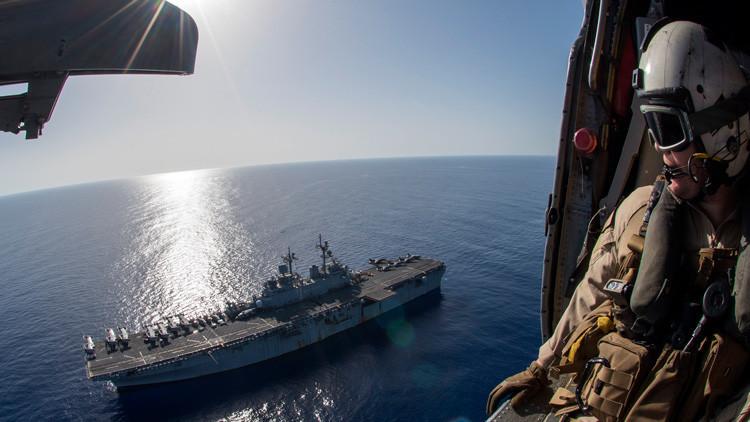 Dos buques de asalto anfibio de EE.UU. con 4.000 militares entran en el mar Mediterráneo