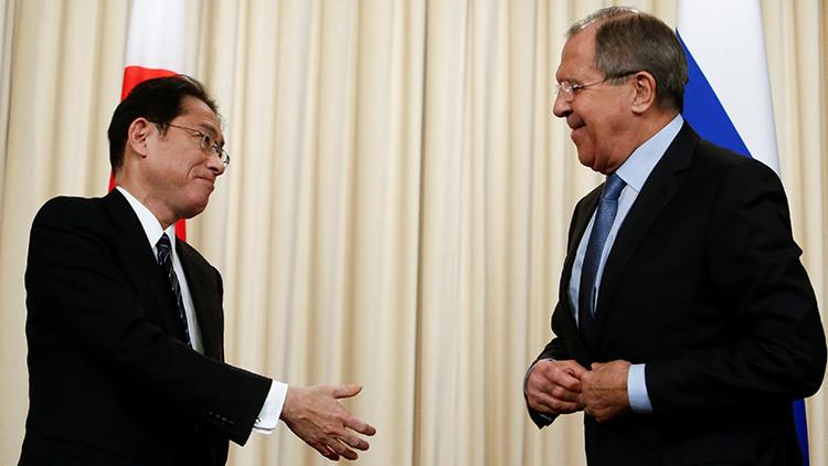 """Rusia y Japón: ¿Qué hay detrás de la """"nueva época"""" en las relaciones bilaterales?"""