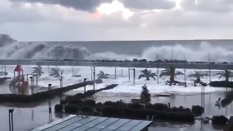 Una fuerte tempestad causa inundaciones en la ciudad rusa de Sochi (VIDEO)