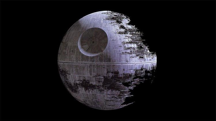 Mantener la Estrella de la Muerte costaría 30 billones de veces el dinero del mundo... al día