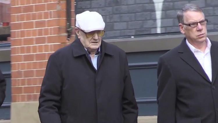 Reino Unido: Hombre de 101 años, llevado a juicio por casos de pederastia