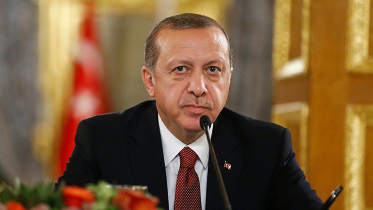Erdogan firma una ley que ratifica la construcción del gasoducto Turkish Stream