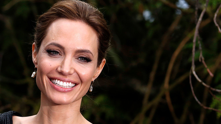 Angelina Jolie podría estar divorciándose de Pitt para convertirse en secretaria general de la ONU