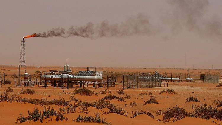 ¿A qué se debe el giro de 180 grados en la estrategia petrolera de Arabia Saudita?
